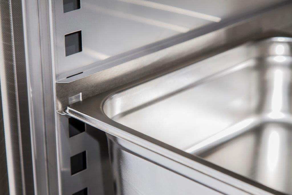 koeling AC Products met rvs geleidingssysteem| Poly Roermond